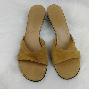 Banana Republic Camel Suede Kitten Heel Slides